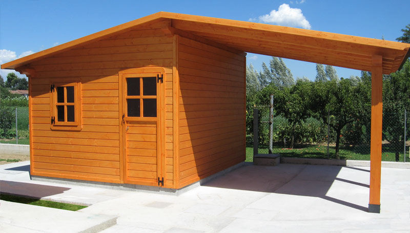 Casette in legno tradizionali venezia padova treviso l - Palizzate in legno per giardino ...