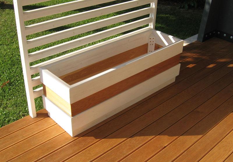 Pavimenti legno per esterni venezia padova treviso l for Costruire fioriera legno